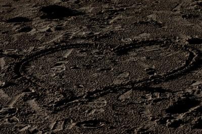Det står skrivet i sanden