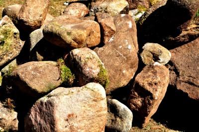 Sten, sten och åter sten...